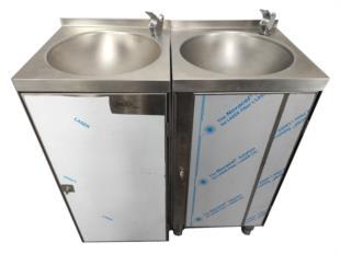 esecuzione-per-cliente-beverello-acciaio-inox-fontanella-acqua